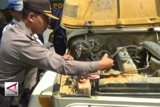 Polisi dan Dishub razia jeep wisata merapi