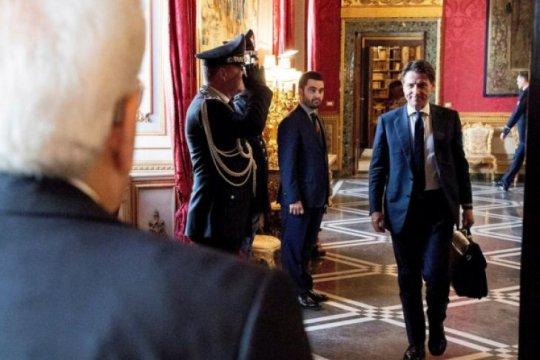 """Italia katakan intervensi militer """"tak dapat jadi solusi"""" di Libya"""