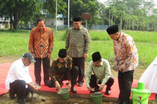 Jokowi-JK letakkan batu pertama mulainya pembangunan kampus UIII
