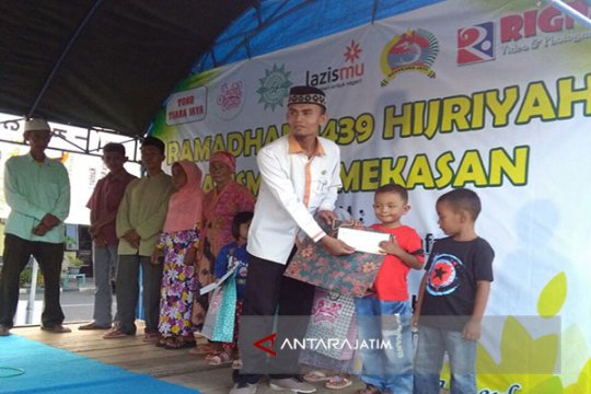 Lazismu Pamekasan bagikan 460 paket Lebaran kepada anak yatim