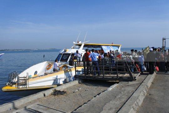 Mulai ada peningkatan pemudik kapal feri Situbondo-Sumenep