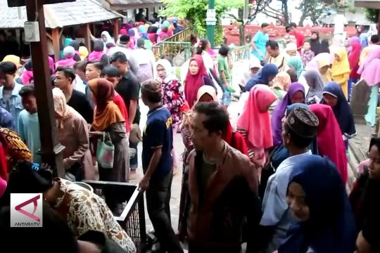 Tradisi Grebeg Syawal di Makam Sunan Gunung Jati