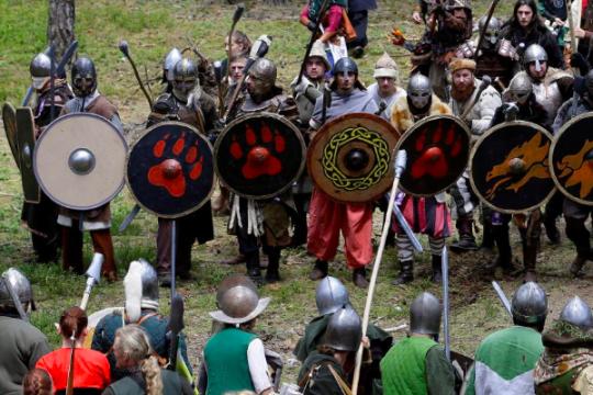 Pertempuran Lima Tentara Hobbit terjadi di hutan Ceko