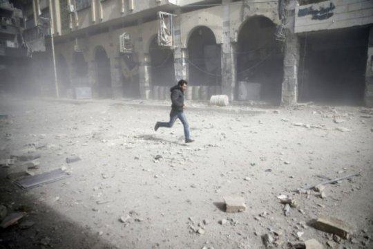 Komandan IRGC bantah target Iran kena serangan udara Suriah