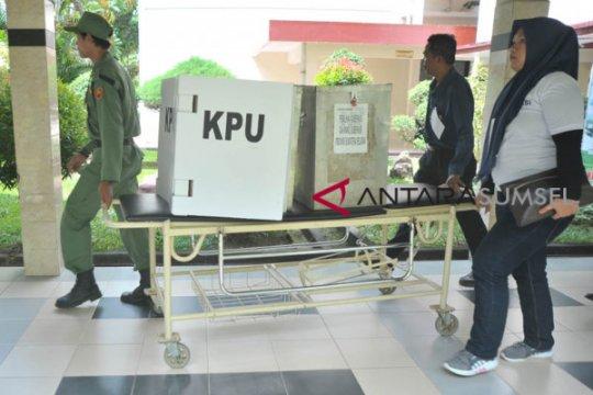 Bawaslu Sleman lakukan pengawasan di TPS keliling pasien COVID-19