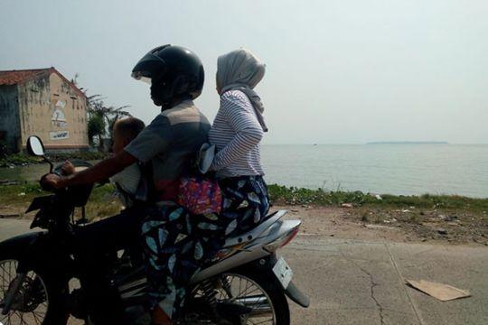 Abrasi ancam jalan menuju destinasi wisata Tanjung Lesung