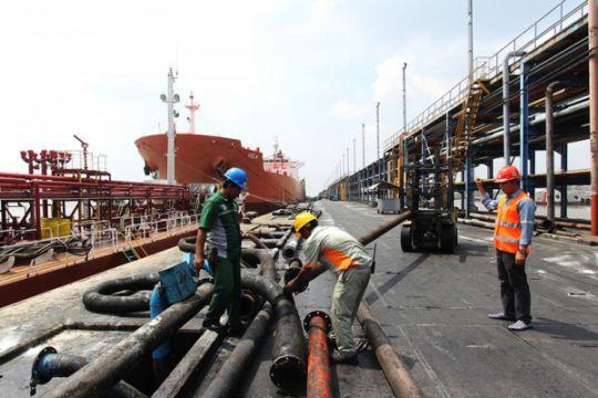 Aktivitas Pelabuhan Dumai