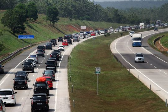 DPR menilai kemacetan masih terjadi saat arus mudik 2018