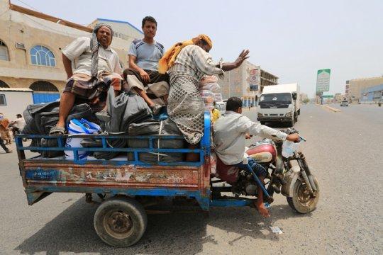 Warga: suara ledakan terdengar di kota pelabuhan Yaman, Hudaidah