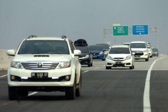 Jalan pantura Indramayu masih lengang