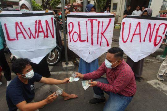 Magelang rekrut 20.000 keluarga antipolitik uang