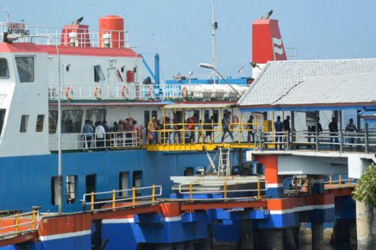 Pemudik pelabuhan Ketapang