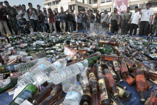 DPR puji TNI AL gagalkan penyelundupan minuman keras
