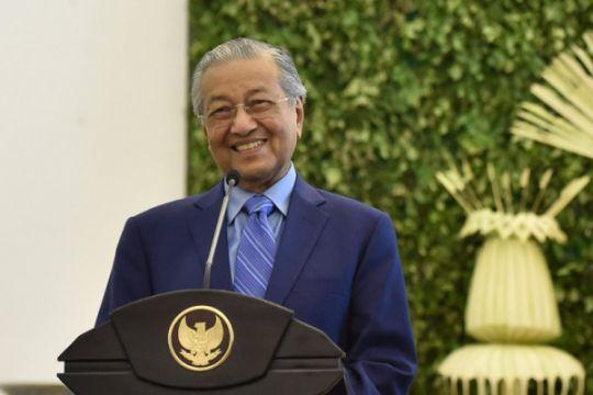 Setelah dikritik Mahathir, dewan pengarah BUMN Malaysia mundur