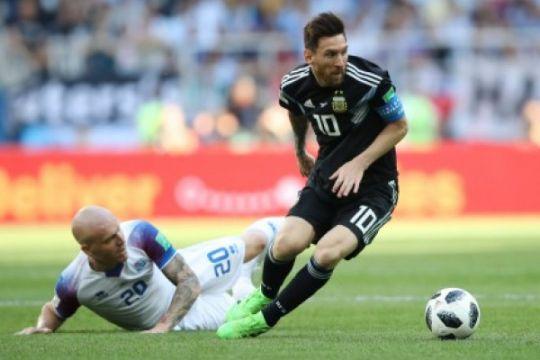 Islandia imbangi Argentina pada babak pertama