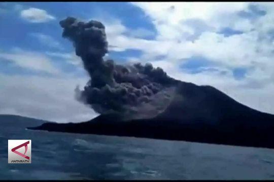 Aktivitas anak krakatau tak bahayakan warga pesisir