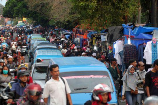 Polres Cianjur berlakukan satu arah menuju Bogor
