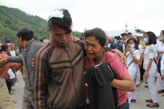 Pemerintah hentikan sementara operasional angkutan Simanindo-Tigaras Sumut