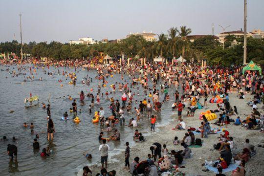 Warga Jakarta manfaatkan libur kemerdekaan wisata ke Ancol