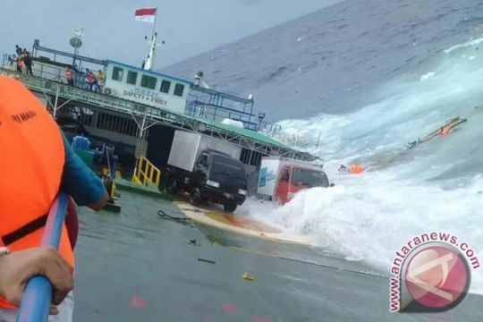 Komisi V DPR nilai pemerintah tidak belajar dari kecelakaan perairan