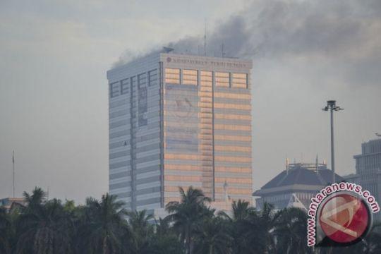 Polisi lanjutkan olah TKP kebakaran Kantor Kementerian Perhubungan