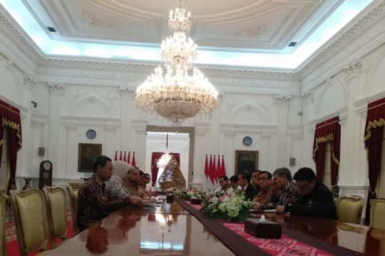Komisioner KPU temui Presiden