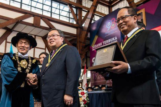 Peringatan Ke 98 Pendidikan Tinggi Teknik Indonesia
