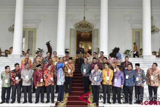 Silahturahmi Presiden dengan Wali Kota