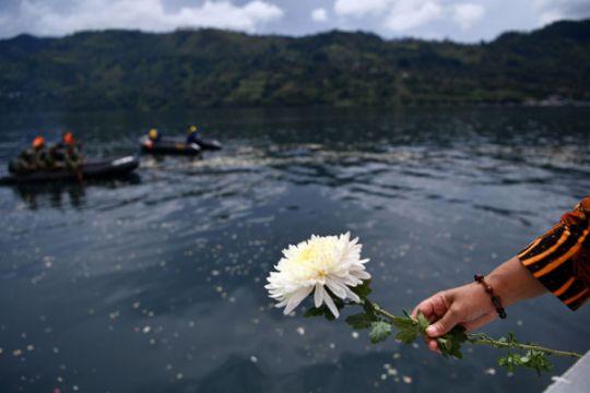 Ratusan warga doakan korban KM Sinar Bangun