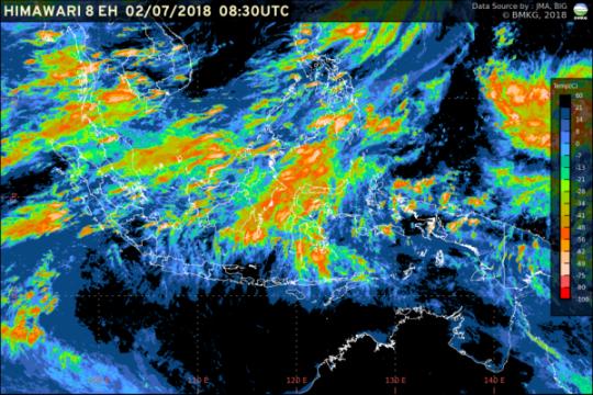 Akhir pekan, sebagian kota di Indonesia diguyur hujan