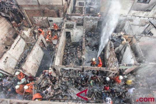 Kemensos bangun tenda-dapur layani korban kebakaran di Menteng