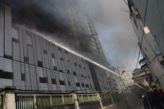 Kebakaran Apartemen Di Medan