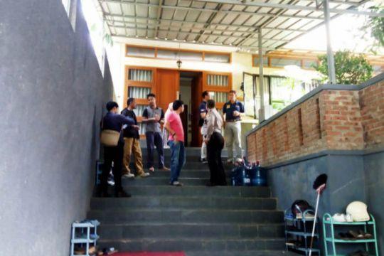 Saksi: pelempar molotov rumah Mardani dua orang