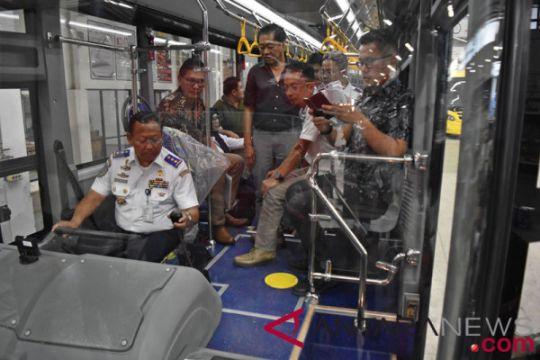 Kemenhub tinjau perakitan bus BRT
