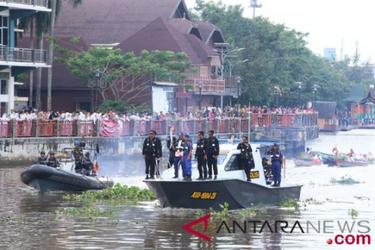 Obor Asian Games di sungai Martapura
