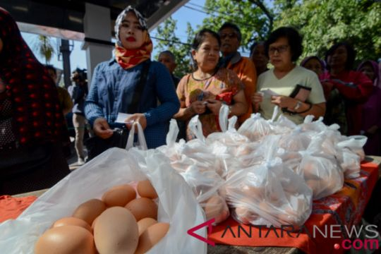 Tekan harga telur, Pemkot Bandung gelar operasi pasar murah
