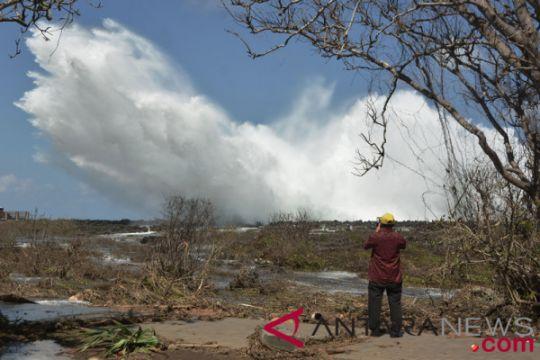 Gelombang Tinggi Pantai Waterblow