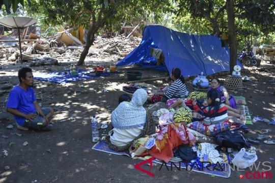 Tim kemanusiaan Unej latih relawan di Lombok