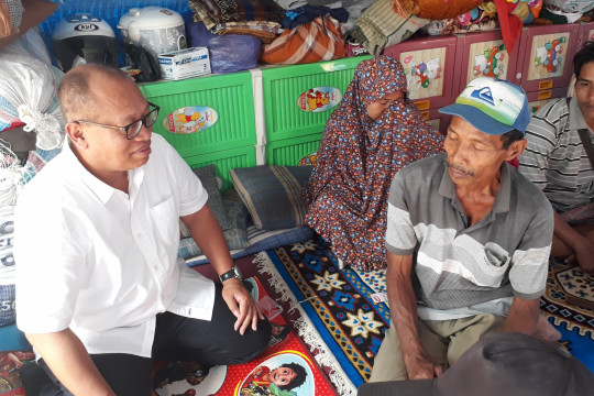 Pengungsi Lombok masih butuh tenda, matras
