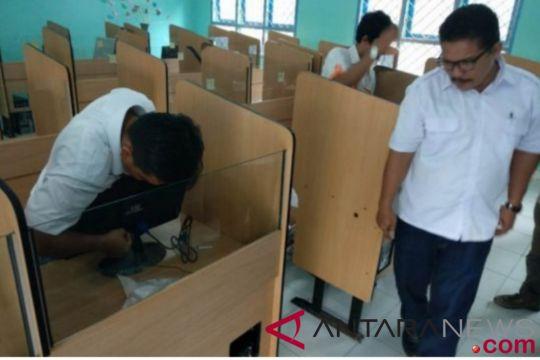 BUMN hadir - BUMN kirim ac ke enam sekolah umn ambi