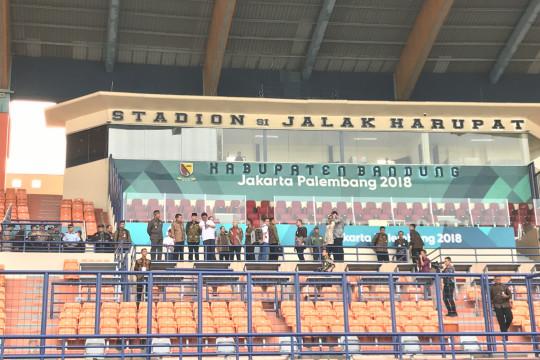 Jusuf Kalla tinjau Stadion Si Jalak Harupat