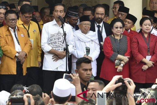 Jokowi ingatkan pejabat jaga kepercayaan rakyat