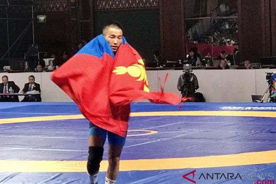 Pegulat Mongolia sumbang medali emas kelas 57 kg