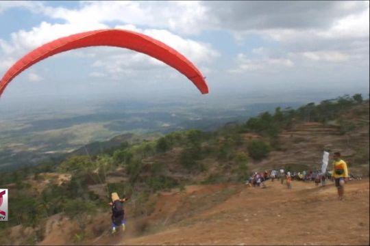 Kejuaraan paragliding, dorong perkembangan wisata minat khusus