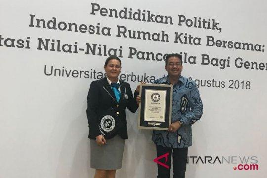 """LSI: Jokowi-Ma'ruf unggul di segmen """"emak-emak"""""""