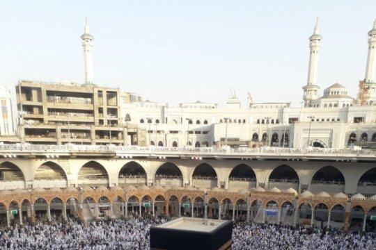Jamaah haji berduyun-duyun ke Makkah