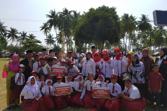 Pelindo beri beasiswa pelajar pulau terluar