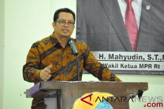 Mahyudin ingatkan masyarakat waspadai upaya pelemahan Pancasila