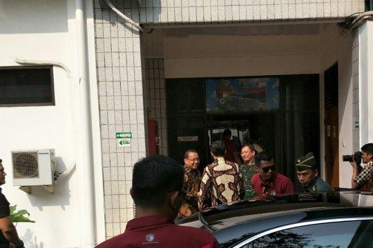 Presiden Jokowi kunjungi Habibie di RSPAD