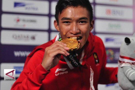 Satu medali emas dimenangkan dari karate putra